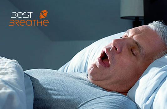 Ayuda a tu pareja dejar de roncar y dormir mejor